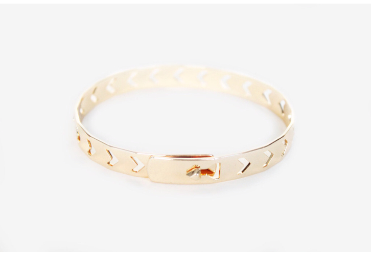 moorea seal chevron bangle
