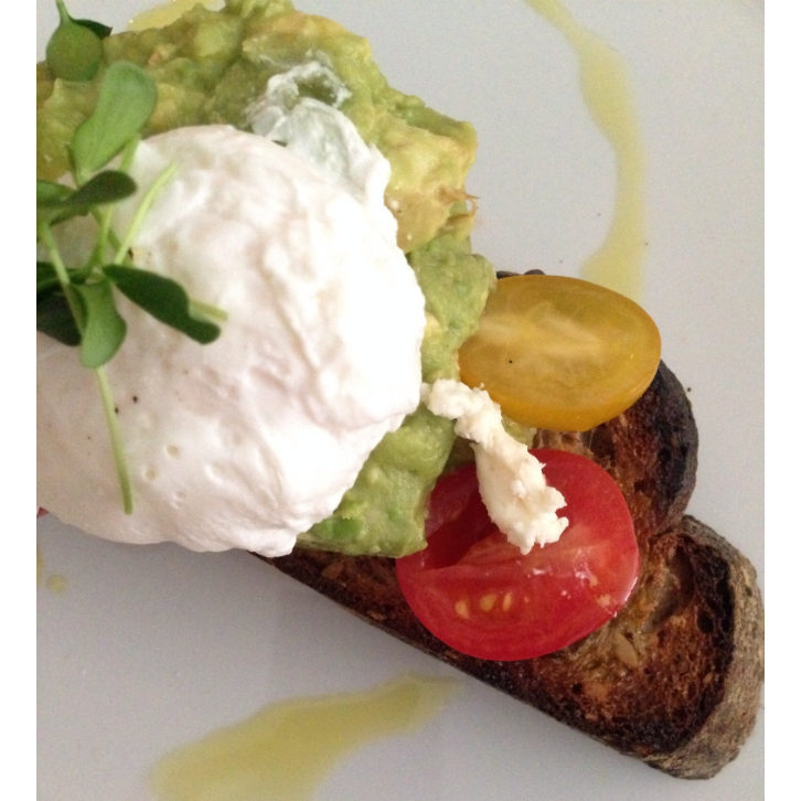 bluestone avocado and eggs
