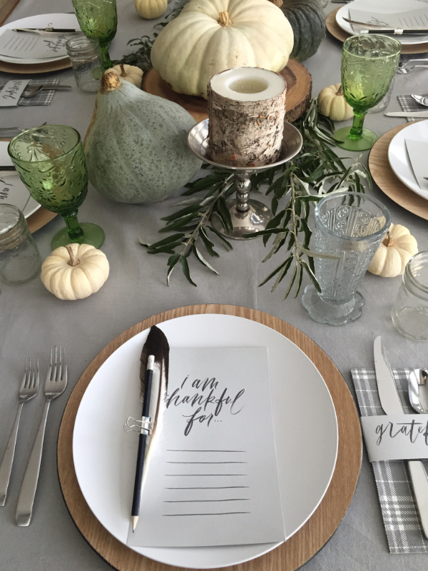 Thanksgiving table 2015-6