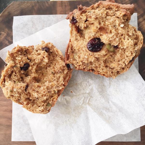 spelt trail mix muffin1
