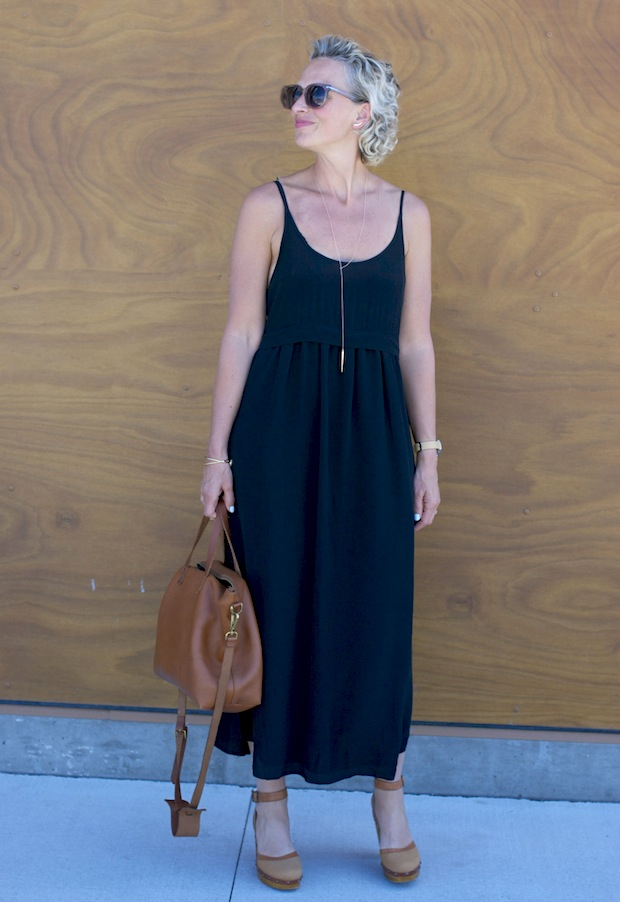 black aritzia dress4_edited-1